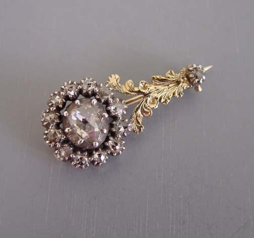 Halley's comet brooch, rose cut diamonds set in 15 karat gold, c 1835.